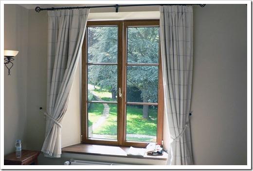 Какие окна лучше поставить – пластиковые или деревянные?