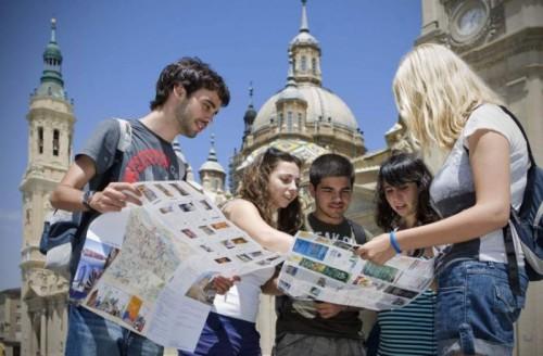 Популярные направления туризма среди молодежи
