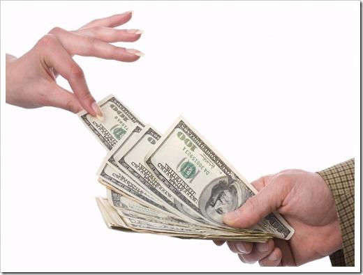 Денежные займы: почему и когда их берут?