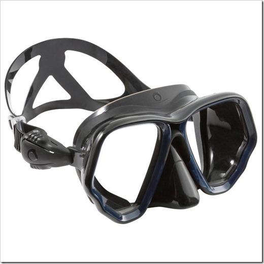 Стеклянная или пластиковая плавательная маска: какая лучше?